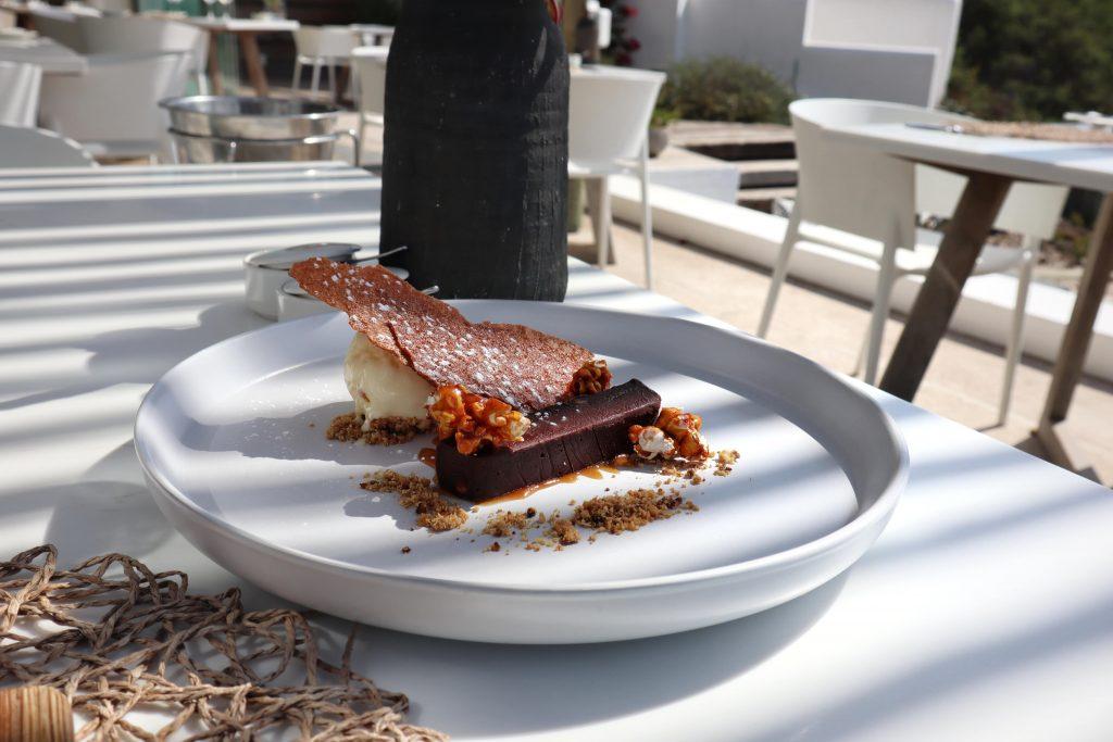 Leeto Restaurant Desert Menu