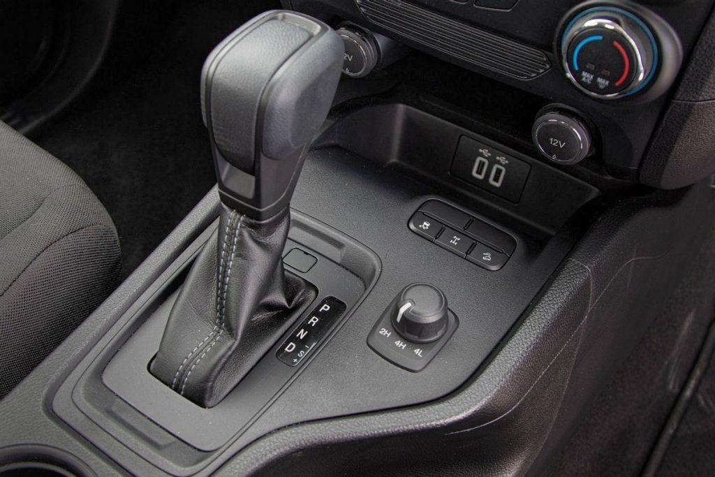 USB Ports Ford Ranger XL Sport